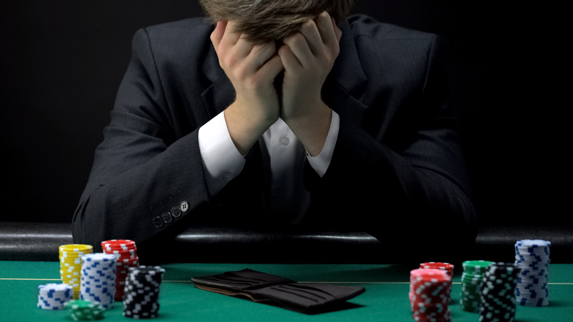 How to stay away from gambling if you are addicted to it?